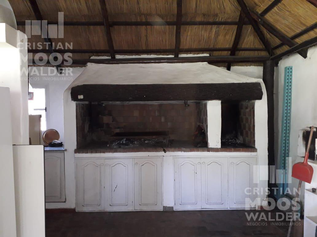 Foto Casa en Venta en  Loma Verde,  Countries/B.Cerrado  Colectora oeste Km 56 Loma Verde