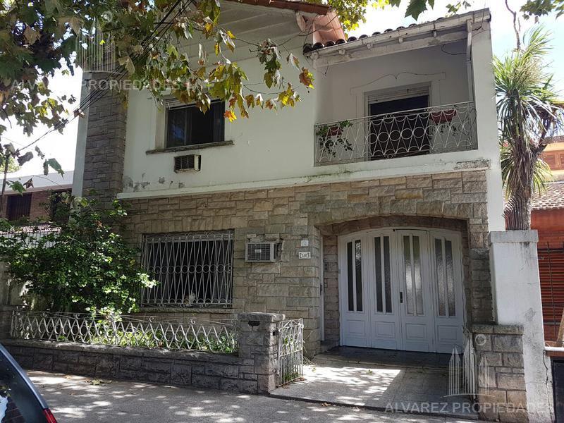 Foto Casa en Venta en  Villa Ballester,  General San Martin  Las Heras al 2500
