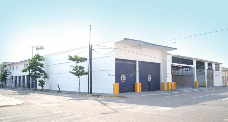 Foto Bodega Industrial en Renta en  Veracruz ,  Veracruz  Bodega en renta en el Centro Netzahualcoyolt esquina Juarez