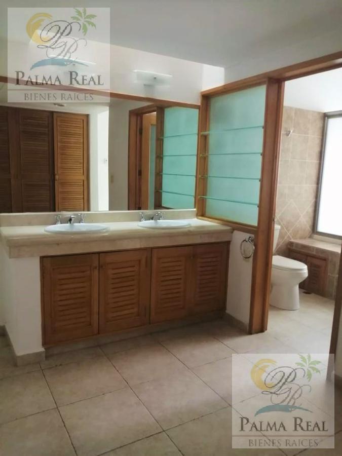 Foto Casa en Renta en  Supermanzana 40,  Cancún  RENTO BONITA CASA EN EL CENTRO DE LA CIUDAD
