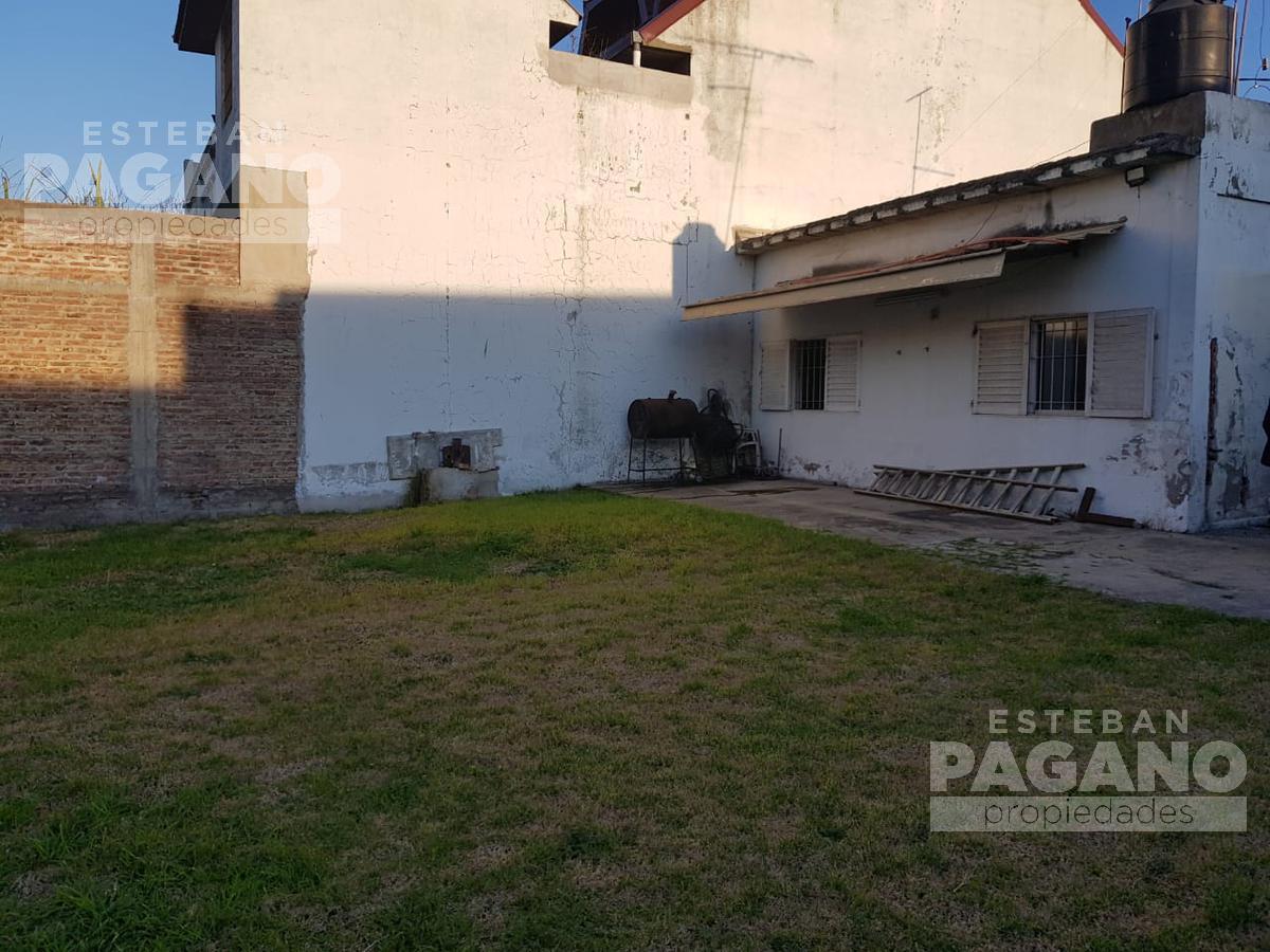 Foto Casa en Venta en  Tolosa,  La Plata  19 e 530 y 531 N° 145