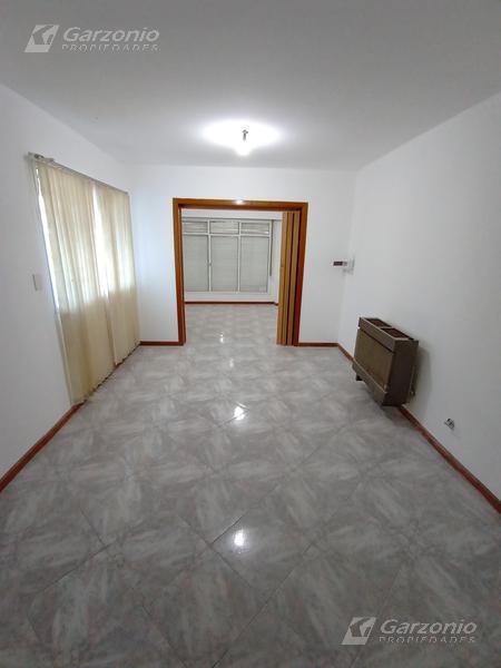Foto Casa en Alquiler en  Trelew ,  Chubut  Inmigrantes al 500