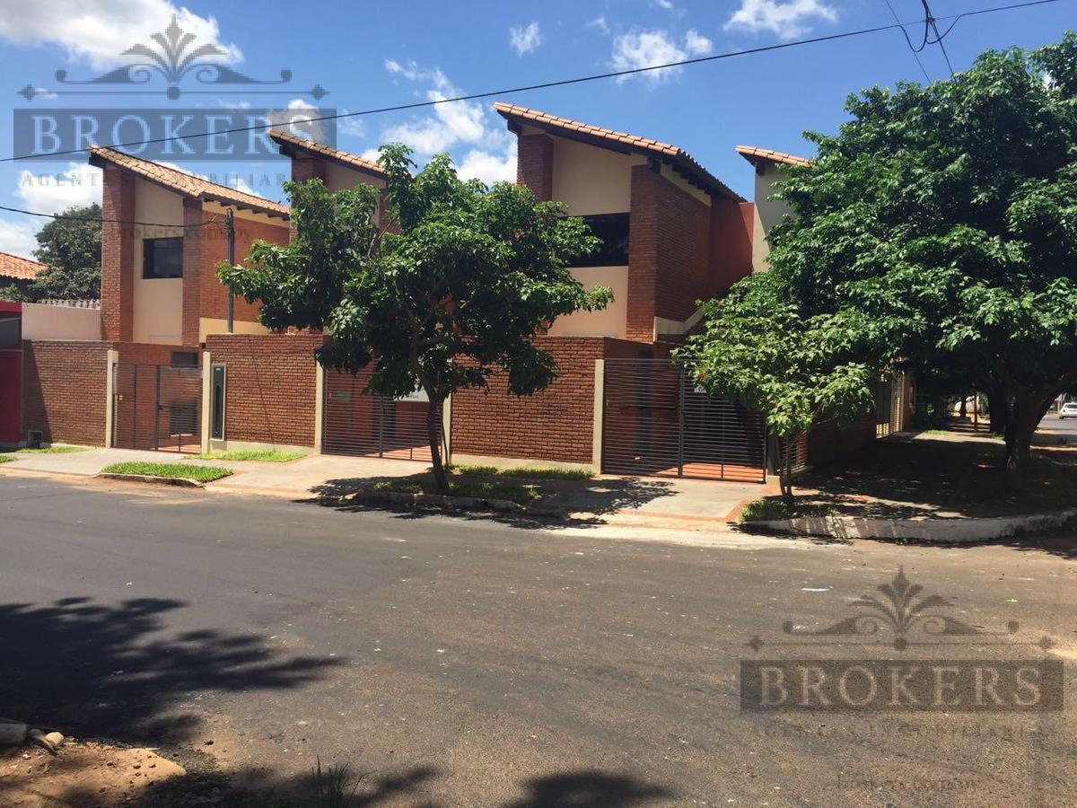 Foto Casa en Venta en  Pitiantuta,  Zona Sur  Vendo duplex a estrenar en Fdo zona sur