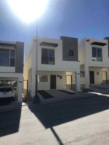 Foto Casa en Renta en  Pueblo Poblado La Haciendita,  Chihuahua  NUEVA CASA EN RENTA EQUIPADA CERCA DE CANTERA FRENTE A PARQUE EN MONTICCELLO