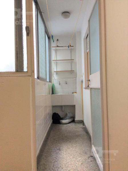 Foto Departamento en Venta en  Recoleta ,  Capital Federal  Mansilla al 2400