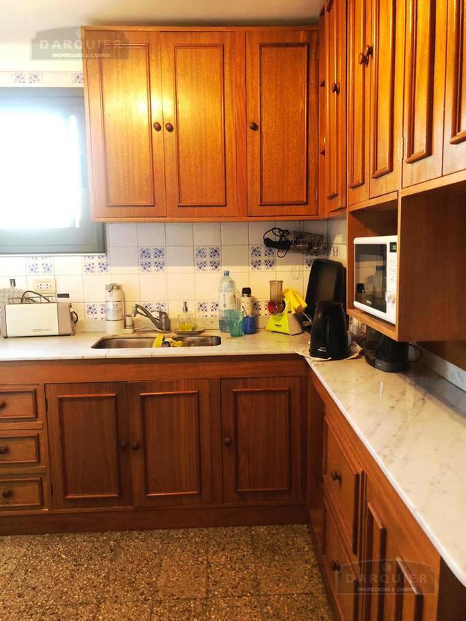 Foto Departamento en Venta en  Banfield,  Lomas De Zamora  HIPOLITO YRIGOYEN 7837 1 D