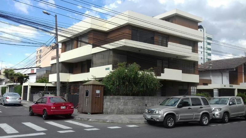 Foto Terreno en Venta en  Centro Norte,  Quito  Quicentro