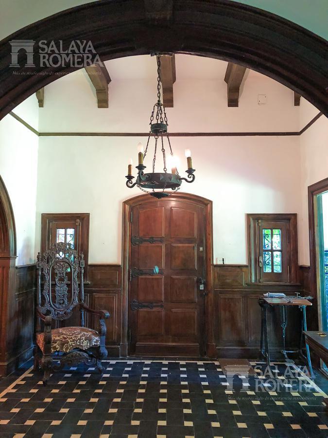 Foto Casa en Venta en  Olivos,  Vicente Lopez  Corrientes 1199
