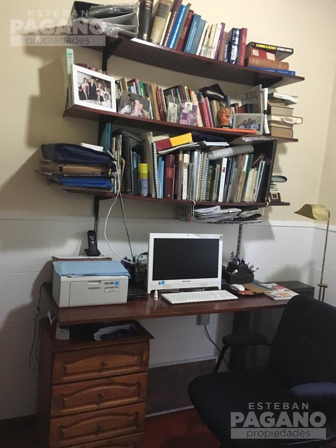 Foto Casa en Venta en  Villa Elisa,  La Plata  135 e 415 y 416 N° 1066