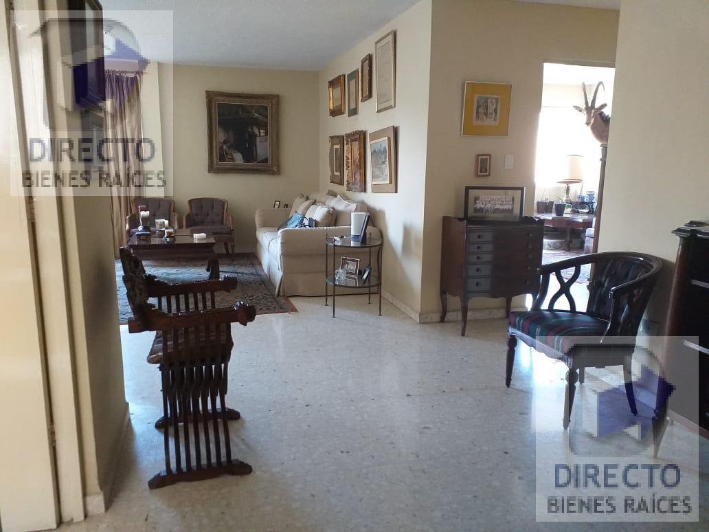 Foto Departamento en Venta en  Del Valle,  San Pedro Garza Garcia  Ave Vasconselos al 100