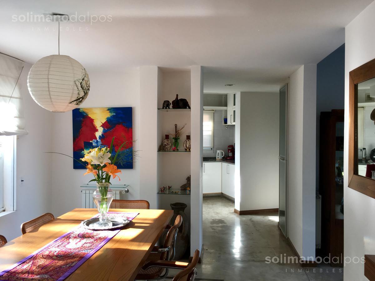 Foto Casa en Alquiler en  La Lucila-Libert./Rio,  La Lucila  Espora Tomas  al 3300
