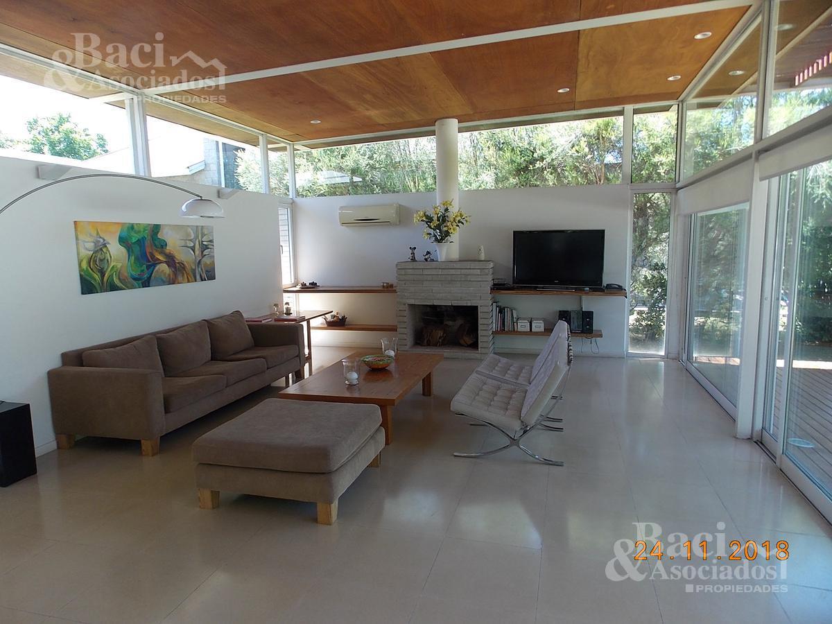 Foto Casa en Venta en  El Ombu,  Countries/B.Cerrado (Ezeiza)  Club Privado El Ombú