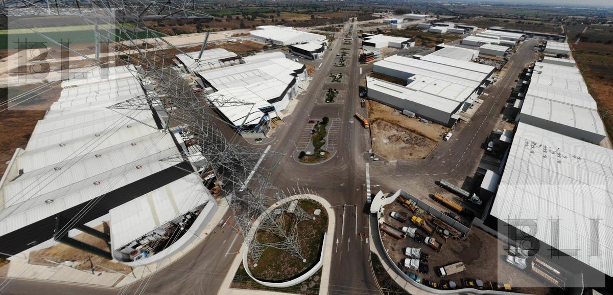 Foto Nave Industrial en Venta en  Querétaro ,  Querétaro  carretera estatal al 400