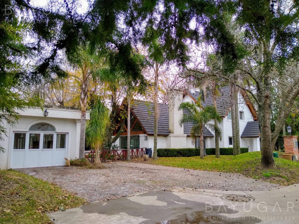 Foto Casa en Alquiler en  La Martinica,  Countries/B.Cerrado (Pilar)  Alquiler - Excelente Casa en La Martinica - Bayugar Negocios Inmobiliarios