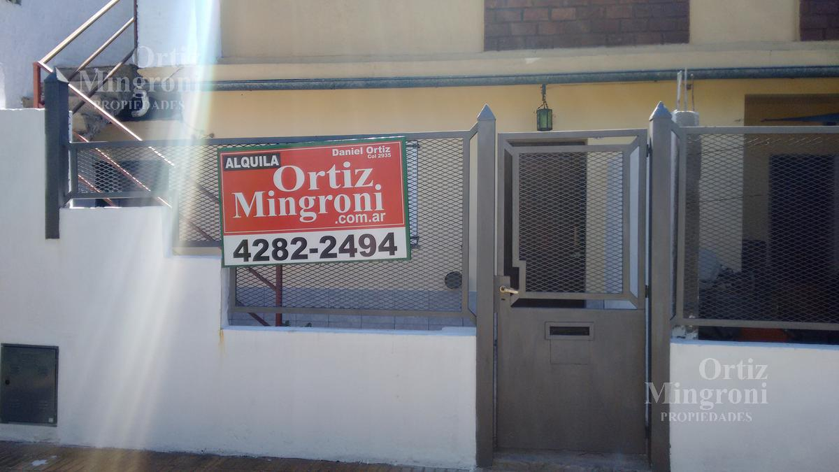 Foto Departamento en Alquiler en  Lomas de Zamora Oeste,  Lomas De Zamora  Puccini al 300