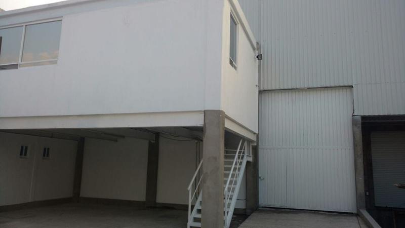 Foto Bodega Industrial en Renta en  Nueva San Francisco,  Toluca  Bodega en renta zona Aeropuerto Toluca