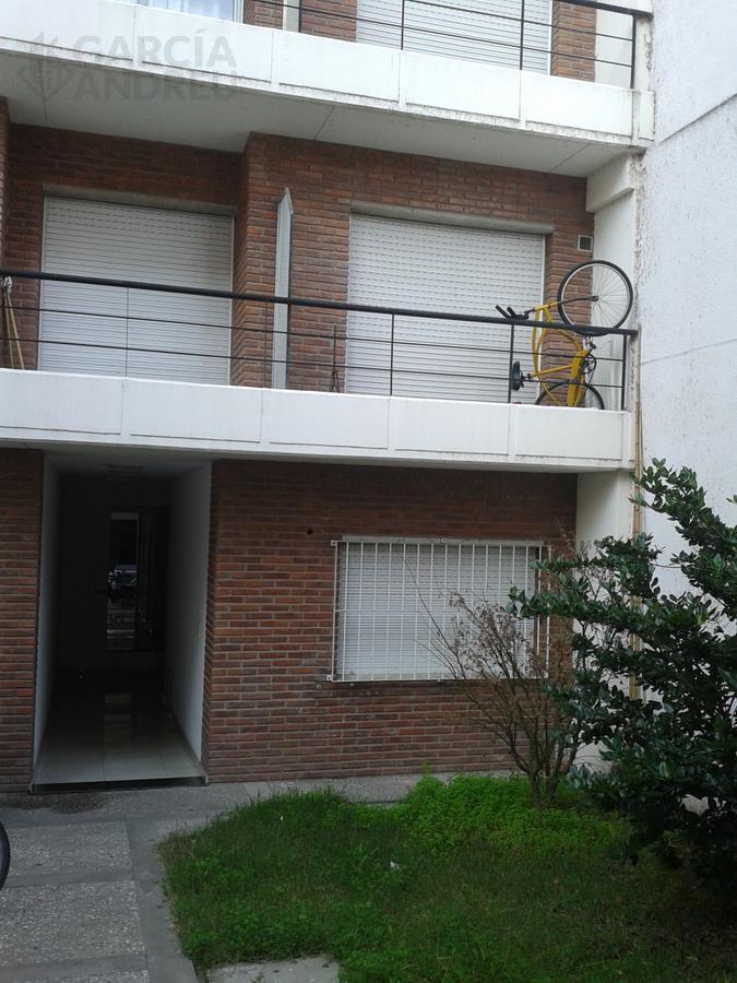 Foto Departamento en Venta en  Centro Oeste,  Rosario  Zeballos al 600