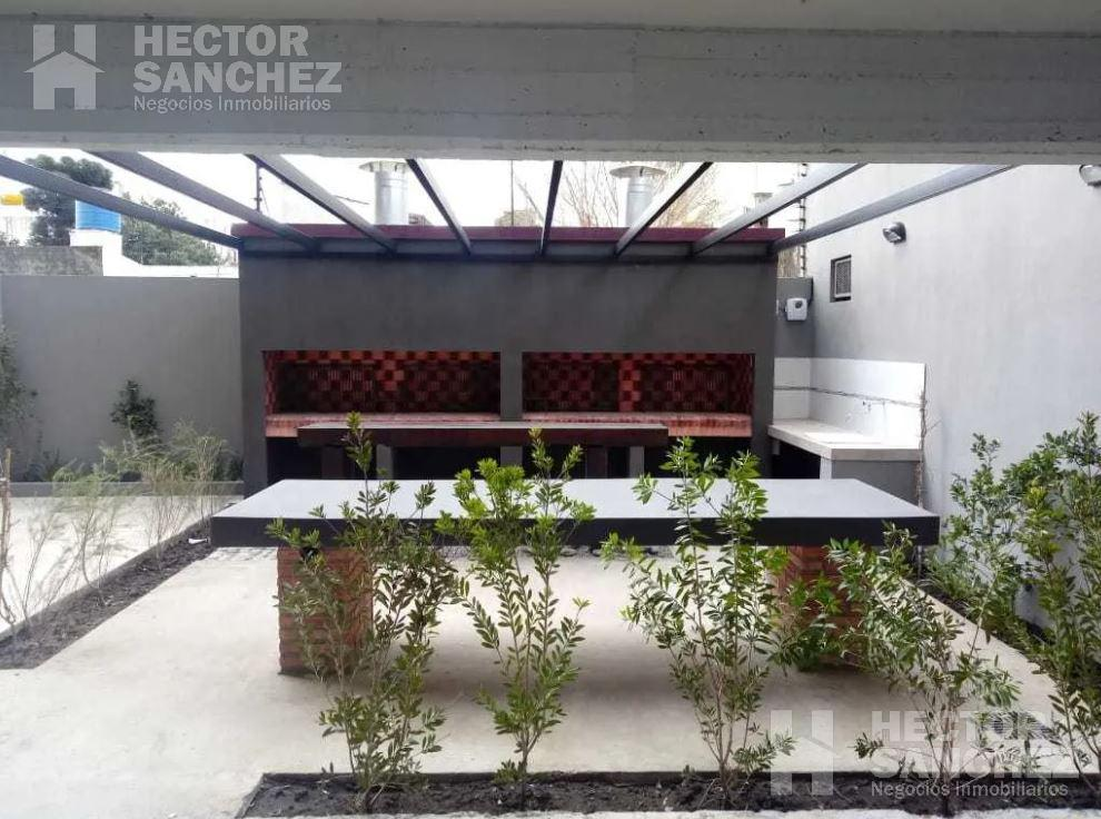 Foto Departamento en Venta en  Moron Sur,  Moron  Moreno al 900