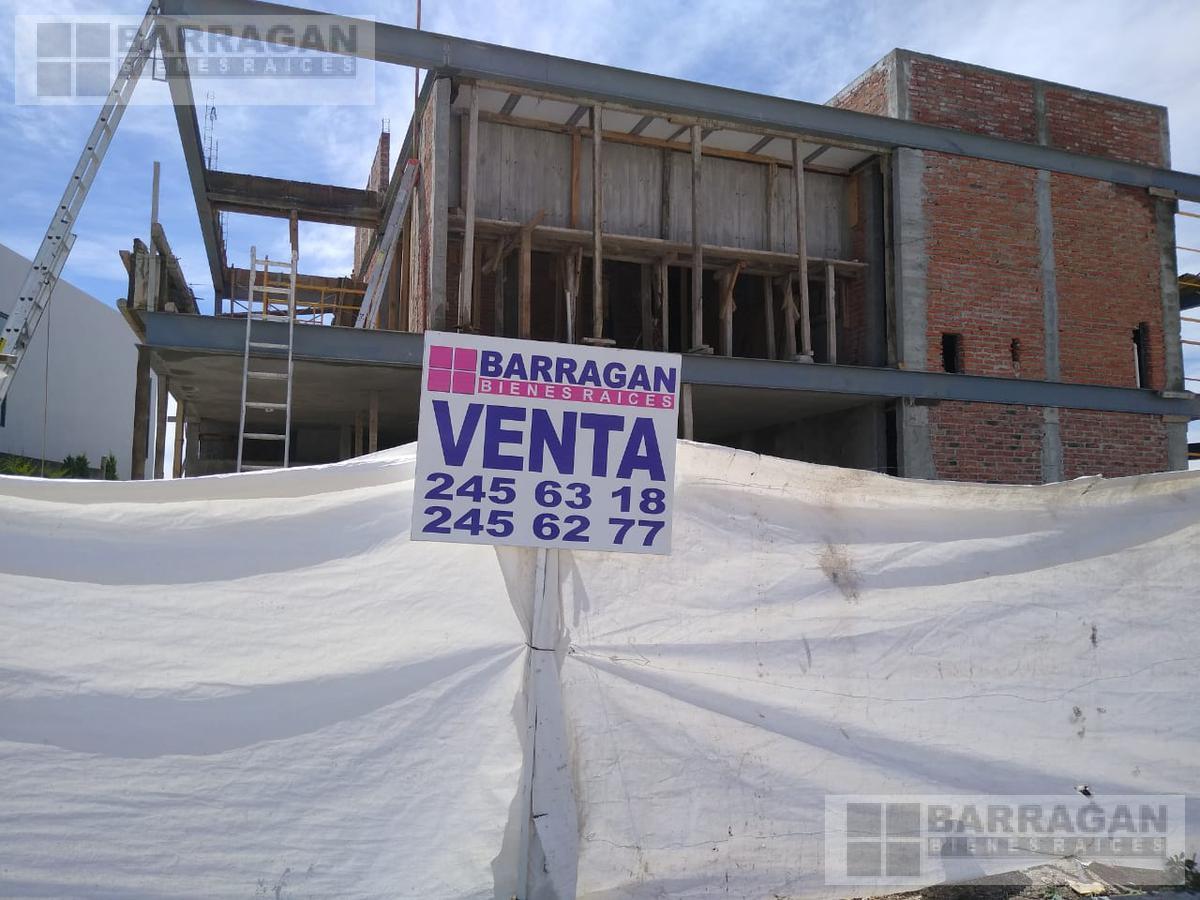 Foto Casa en Venta en  Fraccionamiento El Campanario,  Querétaro  CASA NUEVA EN PRE VENTA EL CAMPANARIO QUERETARO