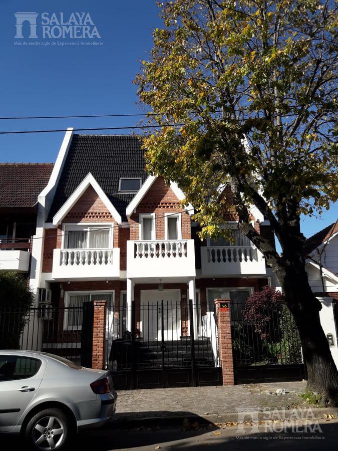 Foto Casa en Venta en  Acassuso,  San Isidro  Acassuso