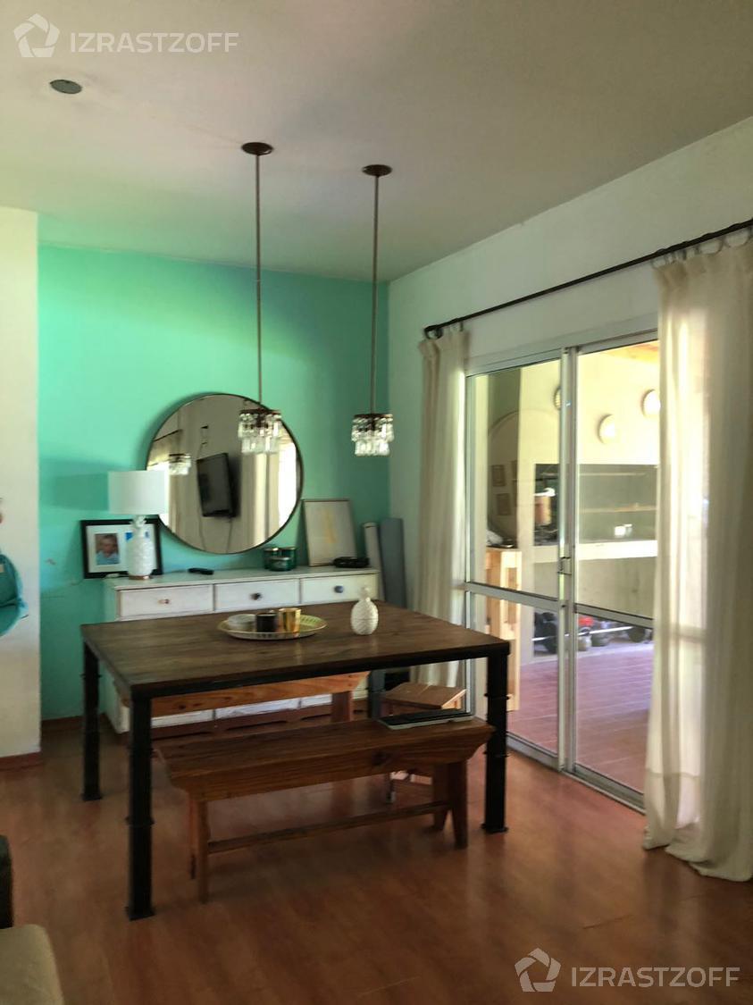 Casa--Altamira-Cómoda casa  en Altamira