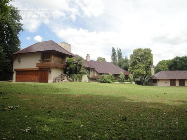Mieres Propiedades - Casa de 780 mts. en Highland Park