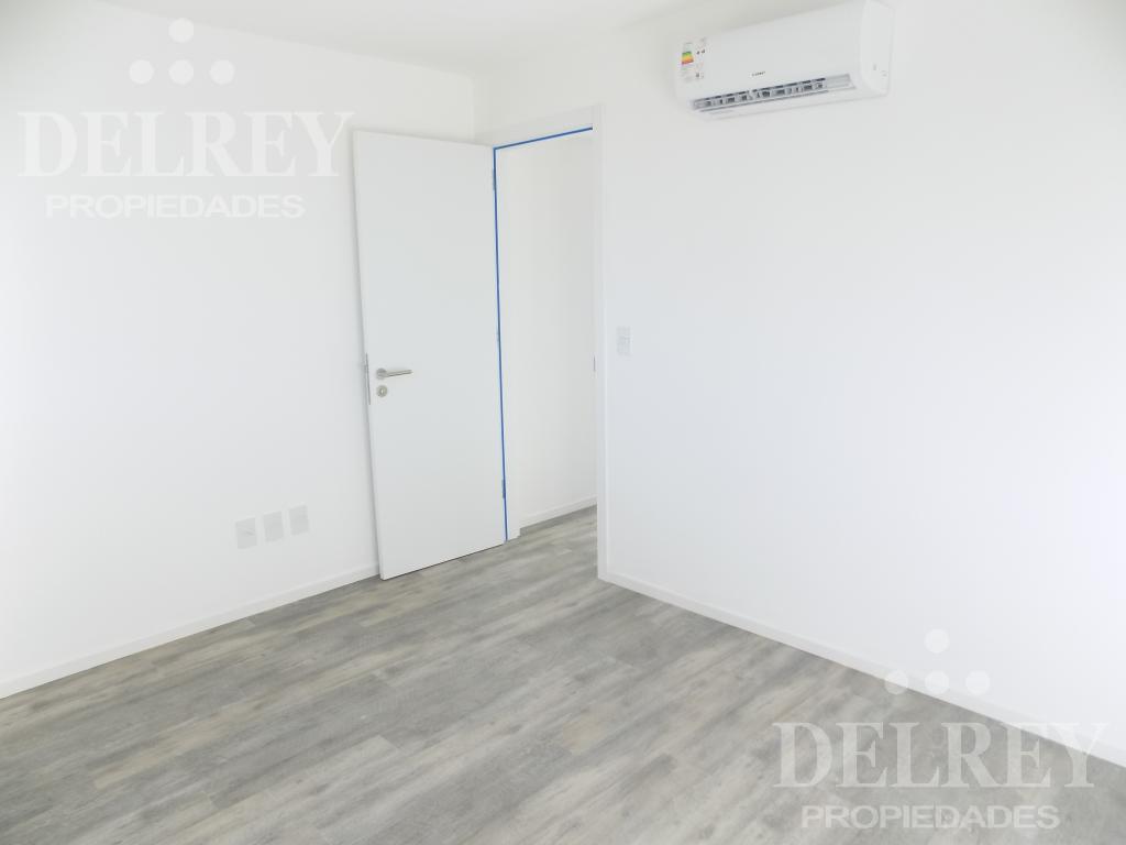 Foto Departamento en Alquiler en  Centro (Montevideo),  Montevideo  Quijano y Canelones próximo