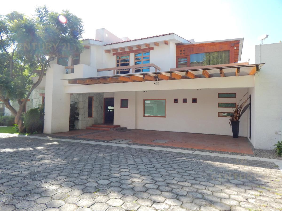 Foto Casa en condominio en Renta en  Espíritu Santo,  Metepec         CASA EN VENTA O RENTA AMUEBLADA SOBRE  PASEO DE SAN ISIDRO, RESIDENCIAL SAN LUIS