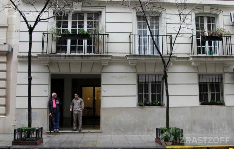 Departamento-Alquiler-Recoleta-Rodriguez Peña 1800 e/Quintana y Alvear