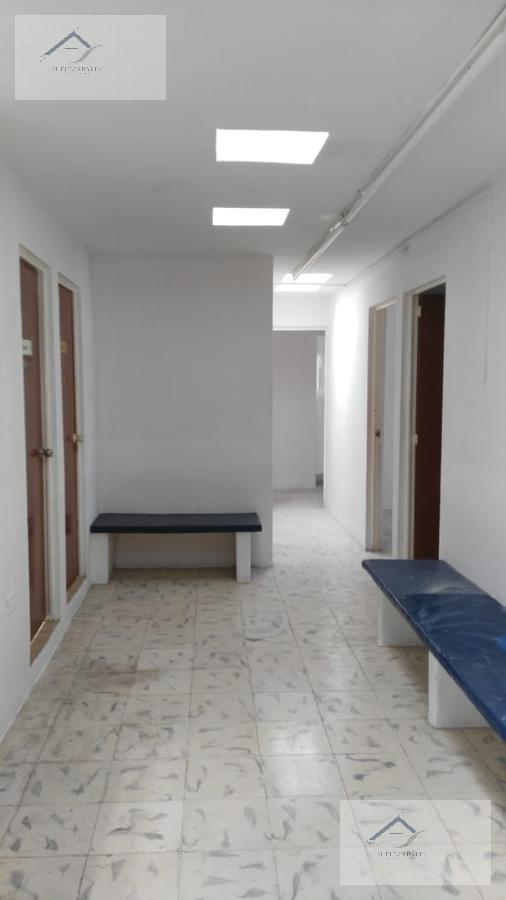Foto Oficina en Renta en  Mérida ,  Yucatán  Oficina en Renta - Local en segundo nivel con 7 locales para oficinas y 5 baños.