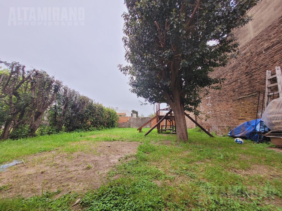 Foto Casa en Venta en  Villa Ballester,  General San Martin  Yapeyu al 5100