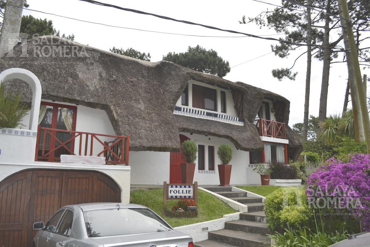 Foto Casa en Venta | Alquiler | Alquiler temporario en  Pinares,  Punta del Este  Venta y Alquiler por Temporada  - Casa, Pinares Parada 35, 4 dormitorios