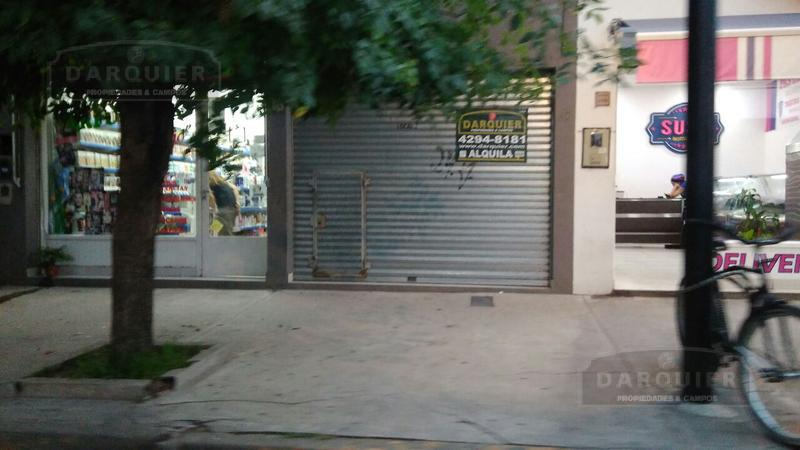 Foto Local en Alquiler en  Adrogue,  Almirante Brown  BYNON 1770 LOCAL 1