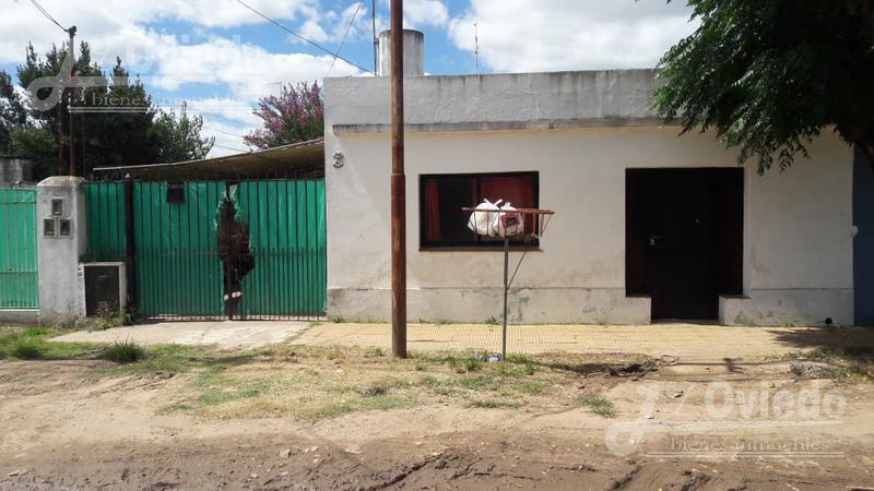 Foto Casa en Venta |  en  Moreno,  Moreno  El salvador al 5500