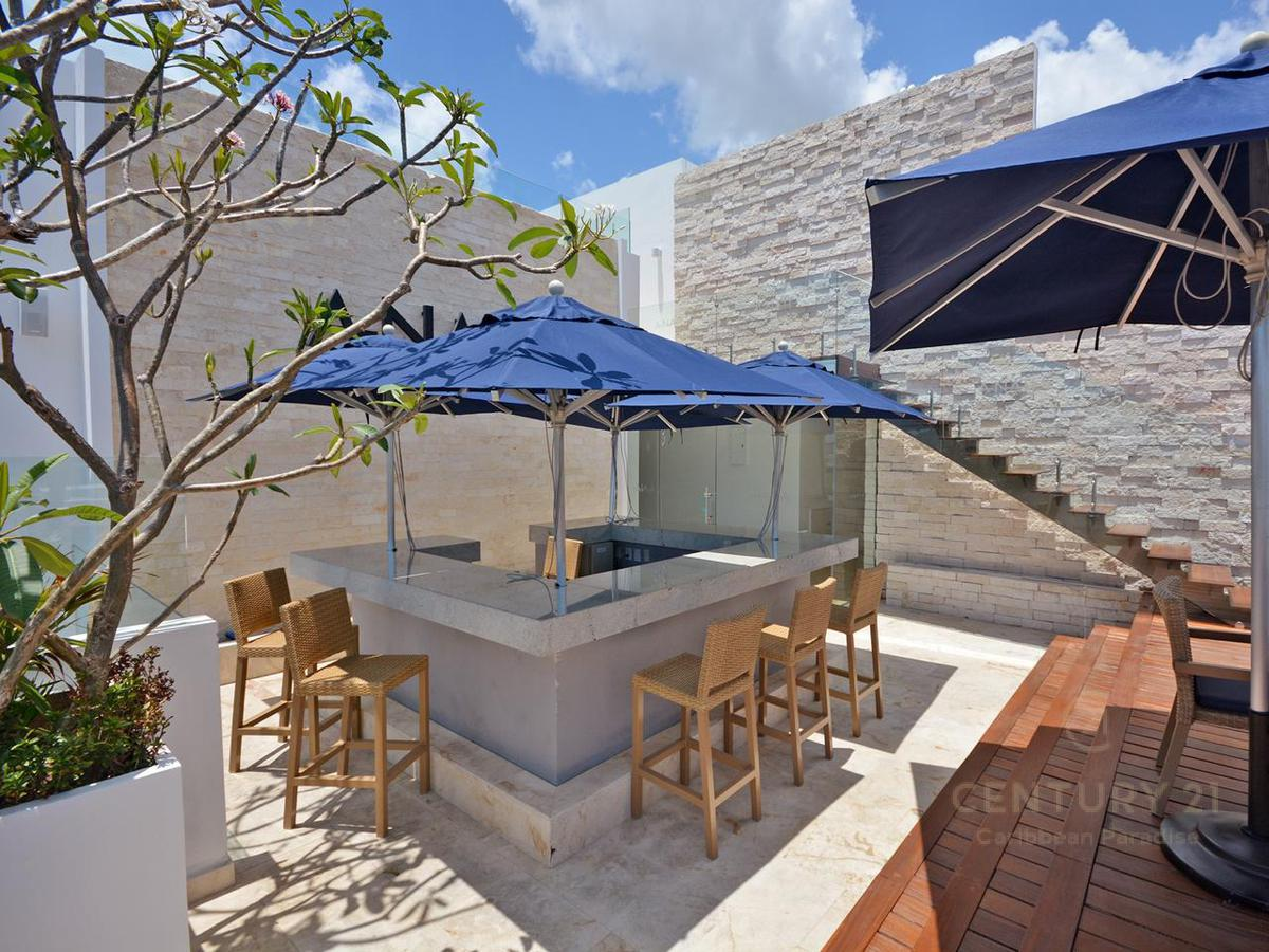 Playa del Carmen Apartment for Sale scene image 28