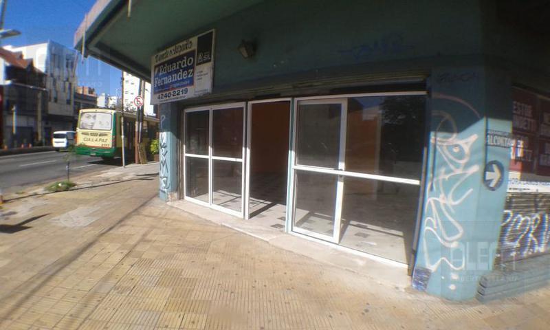 Foto Local en Venta en  Lanús Oeste,  Lanús  Yrigoyen al 3900