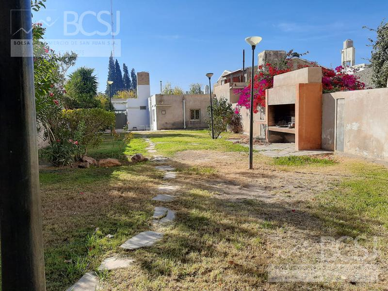 Foto Casa en Venta en  Capital ,  San Juan  Sarmiento y Gral Paz