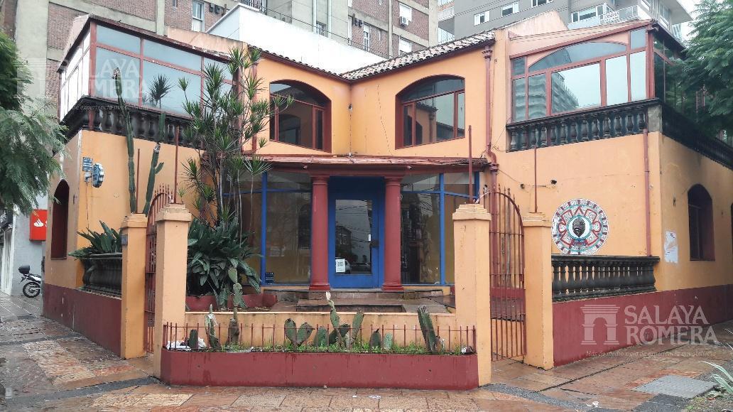 Foto Local en Alquiler en  Olivos-Vias/Rio,  Olivos  Av. del Libertador al 2700
