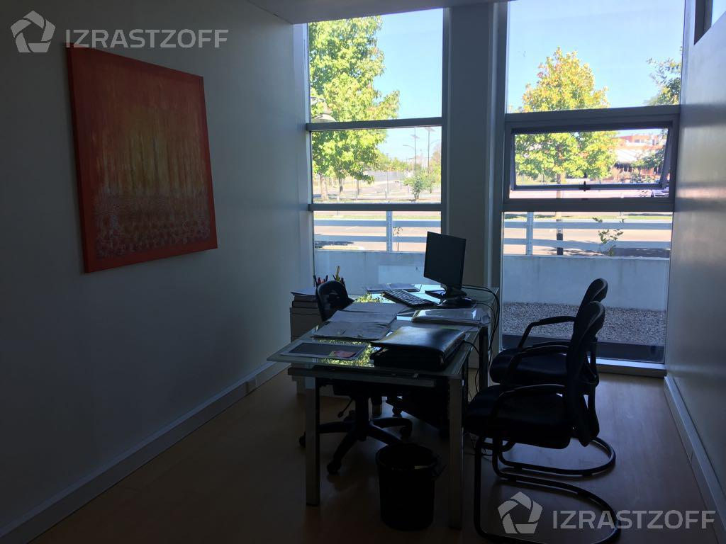 Oficina-Alquiler-Pilar-EDIFICIO SKYGLASS 1
