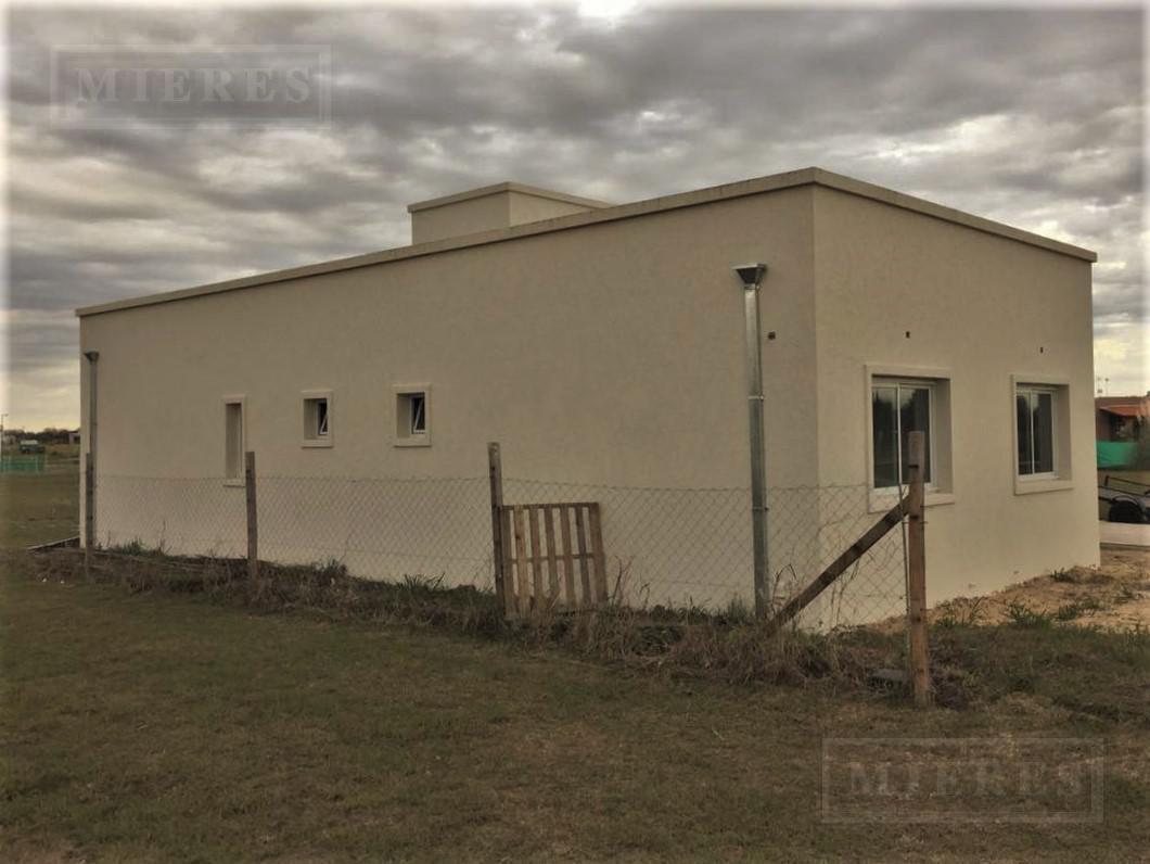MIERES Propiedades- Casa de 140 mts en Pilar del Este San Eduardo
