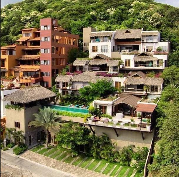 Foto Quinta en Renta en  La Ropa,  Zihuatanejo de Azueta  Increíble villa en renta por día, diseño moderno en Ixtapa Zihuatanejo