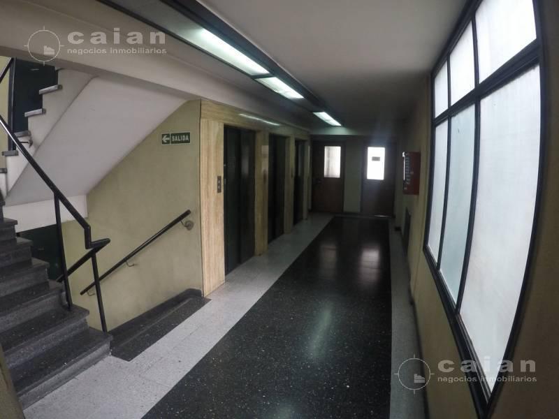 Foto Oficina en Alquiler en  Tribunales,  Centro  Lavalle al 1500, CABA