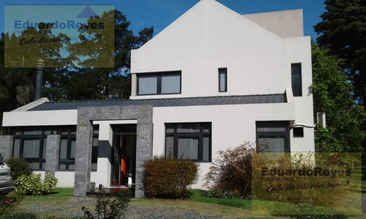 Foto Casa en Venta en  Country El Paraíso,  Guernica  AV. 33 Y CALLE 21