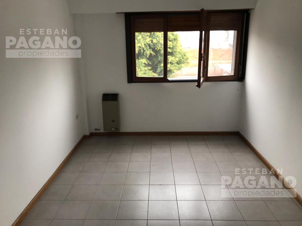 Foto Departamento en Venta en  La Plata,  La Plata  26 e 32 y 33 N° 33