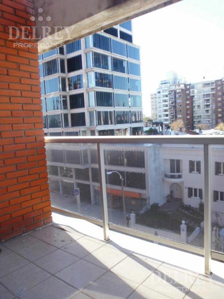 Foto Departamento en Alquiler | Alquiler temporario en  Punta Carretas ,  Montevideo  Bvar y Miranda