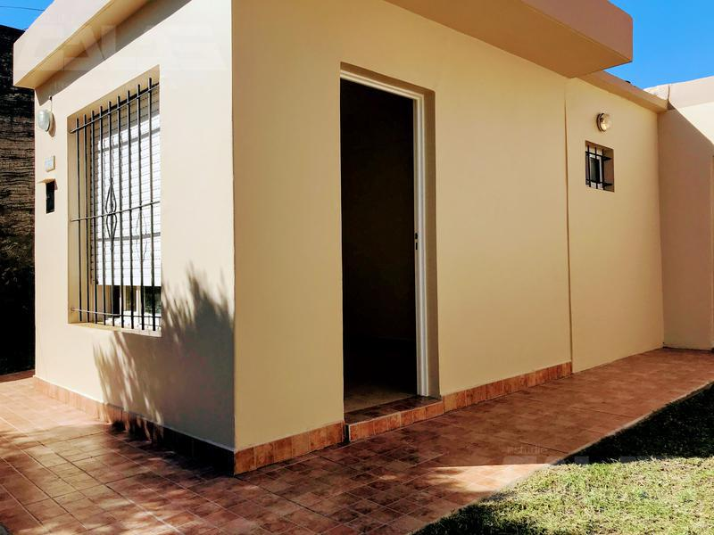 Foto Casa en Venta en  Ituzaingó Norte,  Ituzaingó  Almagro 2300