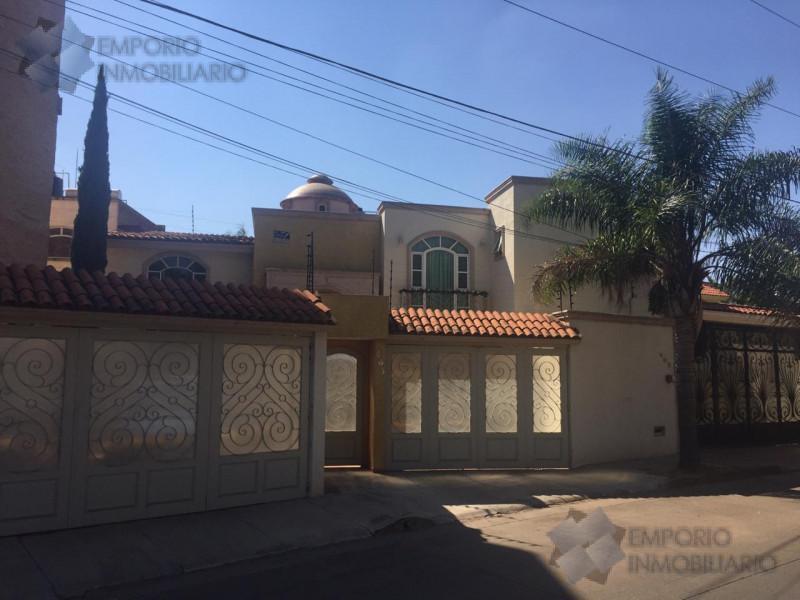 Foto Casa en Venta en  Tepatitlán de Morelos ,  Jalisco  Casa Venta Residencial Guadalupe $5,300,000 A257 E1