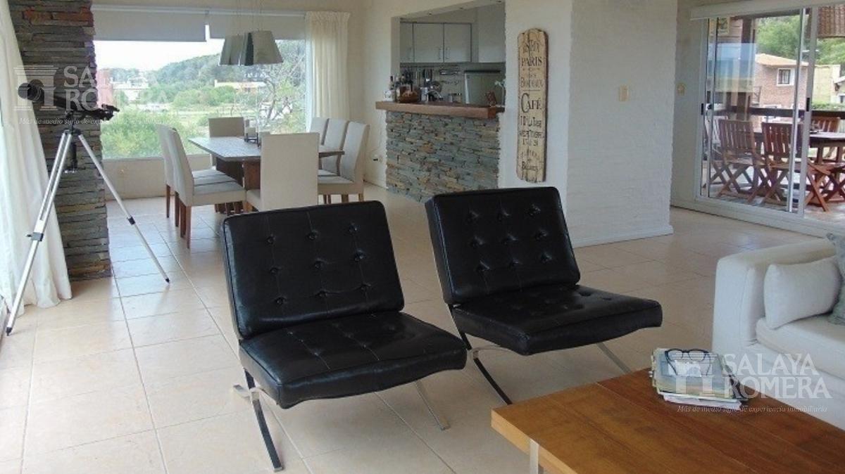 Foto Casa en Venta   Alquiler en  Punta del Este ,  Maldonado  IMPERDIBLE!! ORDEN DE VENTA, 5 dormitorios, FINANCIACION