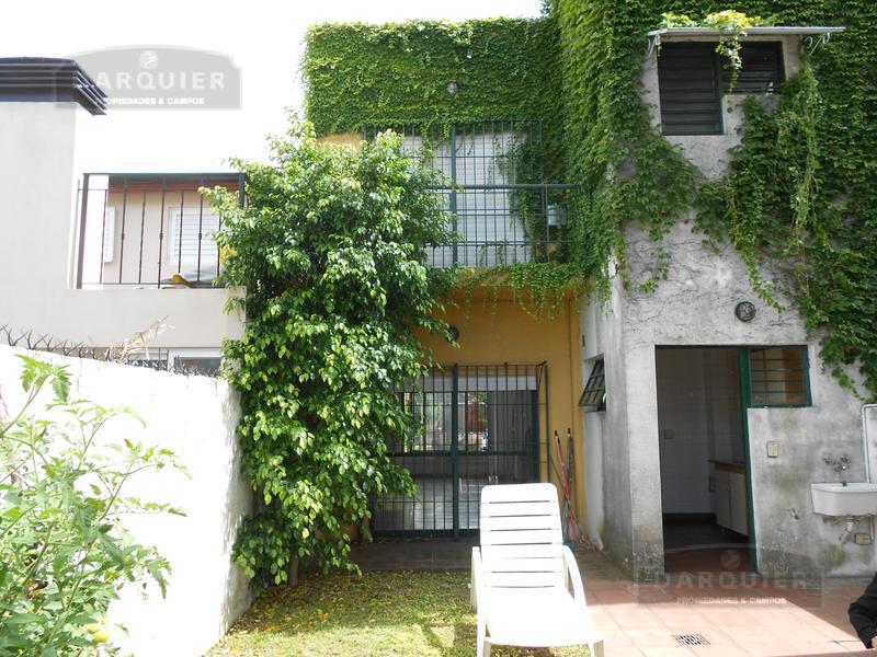 Foto Casa en Alquiler en  Llavallol,  Lomas De Zamora  CUYO 88