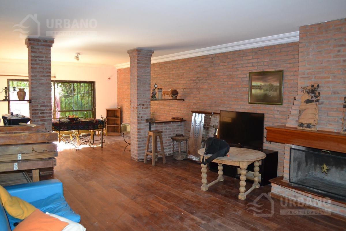 Foto Casa en Venta en  Las Lomas-Santa Rita,  Las Lomas de San Isidro  Nuestras Malvinas al 1100